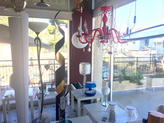 Un Natale più luminoso presso la boutique di lampadari GF Luce di Arma di Taggia