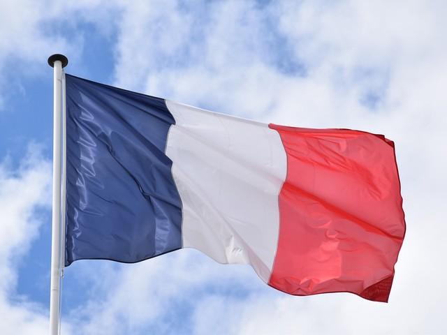 Francia: pronti a chiudere. Si va verso il lockdown