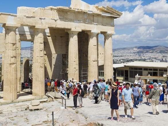 Grecia pronta ad accogliere i turisti dal 14 maggio