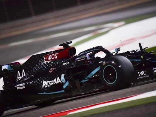 F1, risultato FP2 GP Bahrain 2020: Lewis Hamilton precede Verstappen e Bottas, male le Ferrari, anche sul passo gara