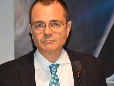 Paolo Giordano tenta di aizzare la gente contro la Boldrini, ma scopre quant'è brutto l'odio