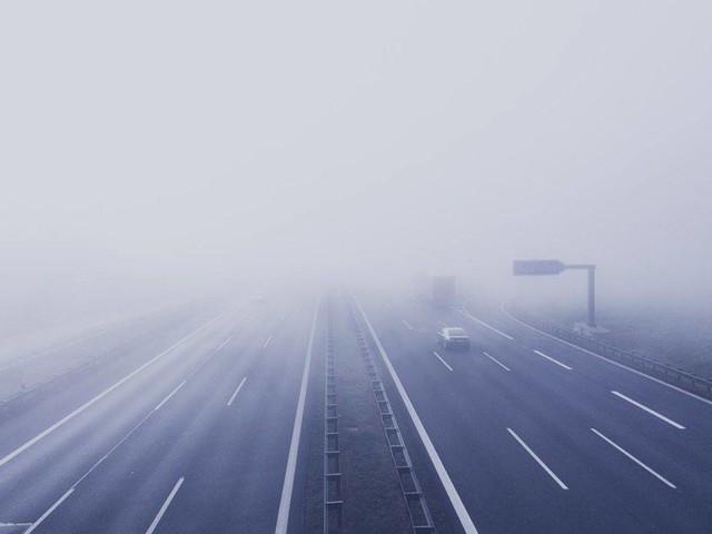 Meteo e traffico in autostrada: incidente in A1 MI/NA, allerta nebbia nella notte