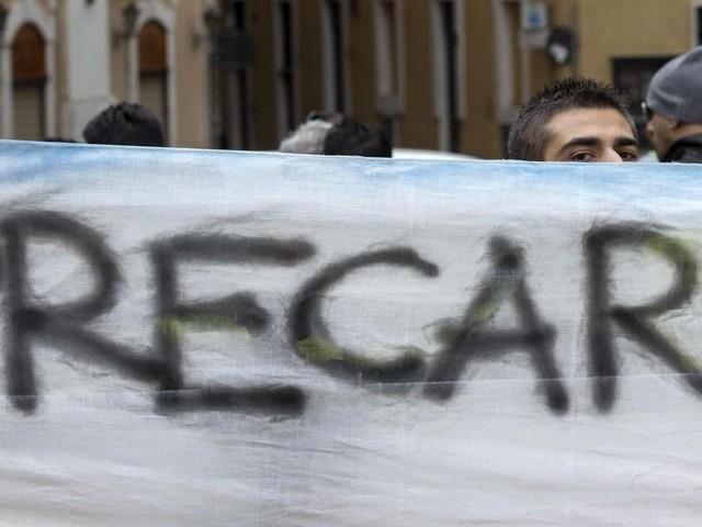 Precari: l'Ue avvia procedura d'infrazione contro l'Italia per troppi contratti a termine