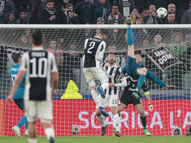 Ronaldo fa (Cr)7...00. La top 10 dei suoi gol indimenticabili