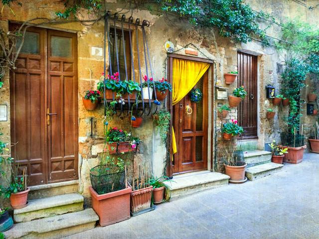 Volete trasferirvi in un un borgo? Qui trovate i migliori incentivi. Anche un assegno di 700 euro