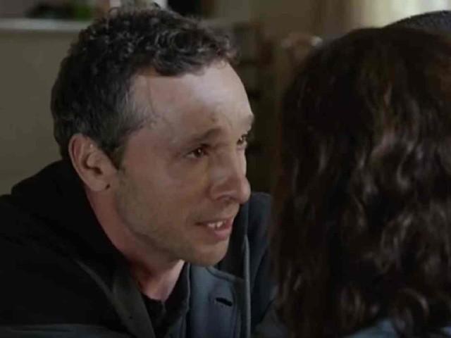 Monteperdido, La Caccia: chi è Álvaro Montrell (Pablo Derqui), il padre di Ana sospettato di aver rapito Lucia