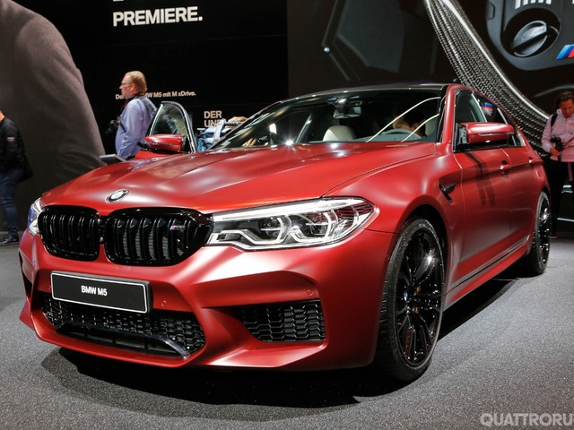 BMW - M5, Serie 6 GT e altre novità del Salone - VIDEO