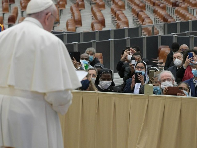 Pope: The Church, world need Mary's motherhood and womanhood