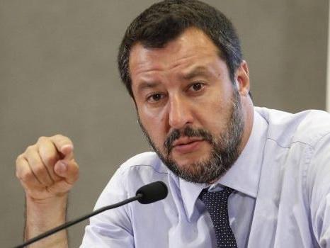 Censimento rom Salvini e sgomberi: circolare ai prefetti, ecco cosa dice