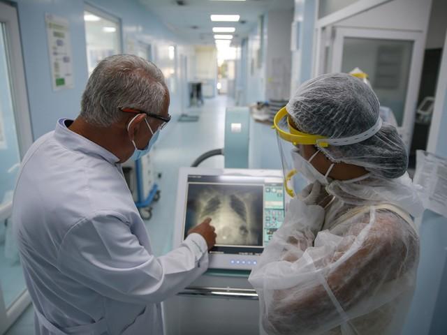 8.804 nuovi casi e 83 morti. Record di contagi in Lombardia