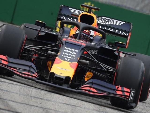 F1, Gp di Singapore: Verstappen davanti a Vettel nelle prime libere. Problemi al cambio per Leclerc