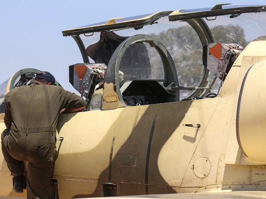 Haftar bombarda l'aeroporto di Misurata. Cresce la tensione in Libia