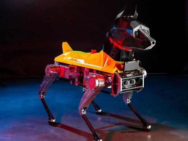 Ecco Astro, il cane robot che impara nuovi trucchi