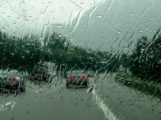 Traffico in autostrada, 24 ottobre: rallentamenti per piogge e temporali