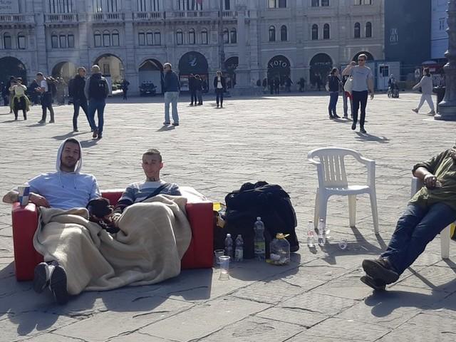 La piazza di Trieste rischia un altro sgombero