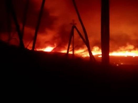 Rogo nell'Oristanese: notte di fuoco a Santu Lussurgiu
