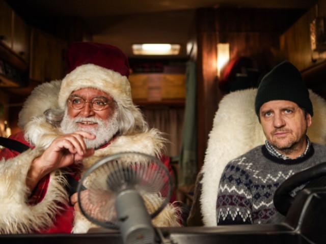 """Abatantuono fa Babbo Natale e prova a """"salvare"""" il cinema"""