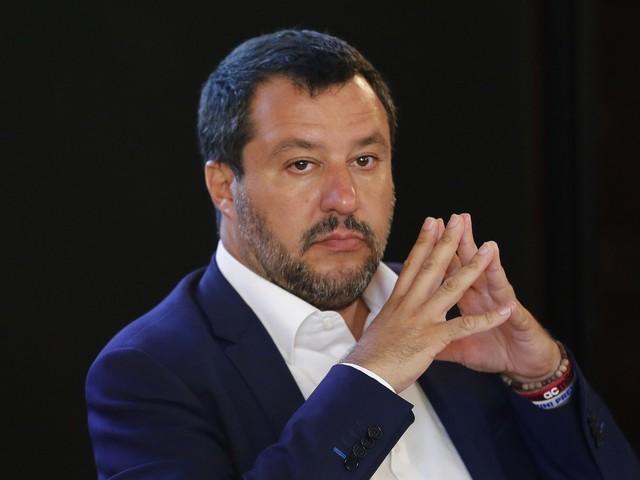 """Salvini e la manovra anti-Tria: """"No al gioco delle tre carte"""""""
