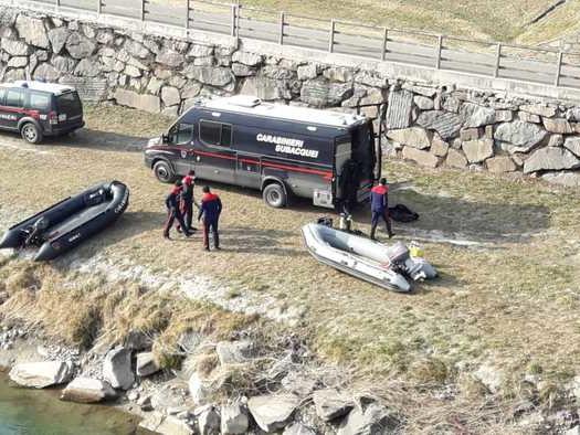 Coppia scomparsa:carabinieri subacquei cercano Peter Neumair