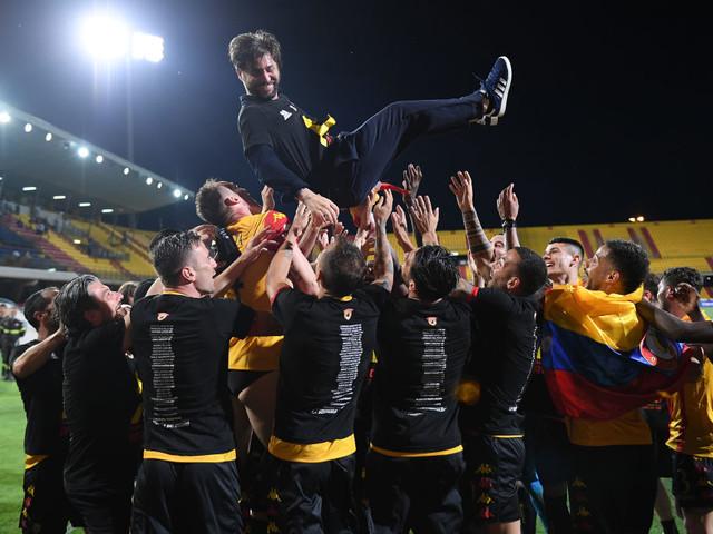 Benevento in Serie A, tutte le immagini della festa: Inzaghi e Foggia in trionfo [FOTOGALLERY]