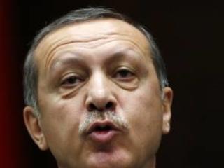 """Erdogan ora ci minaccia """"Se provate a fermarci 3,6 milioni di profughi"""""""