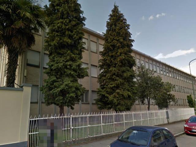 Tragedia nella caserma degli alpini: militare trovato impiccato alla tromba delle scale