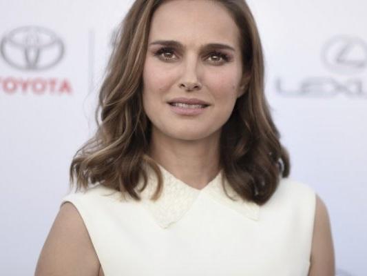 "Natalie Portman rifiuta ""Nobel ebraico"" in seguito ai ""recenti avvenimenti"" a Gaza"