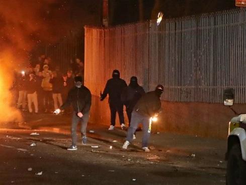 Cos'è la New Ira, l'organizzazione dietro il ritorno della violenza in Irlanda