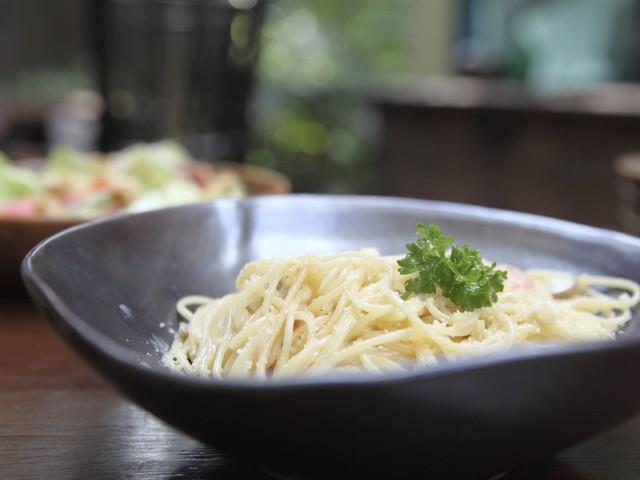 Carbonara vegan: la ricetta semplice con soia, farina di ceci e tofu