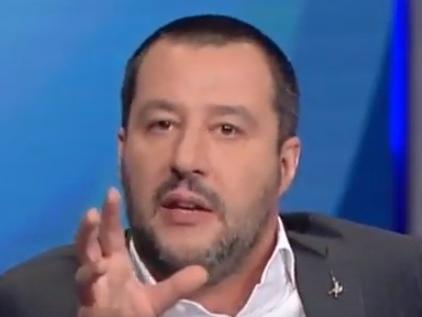 """Salvini critico: """"Berlusconi ha sbagliato a non prendere Sarri!"""""""