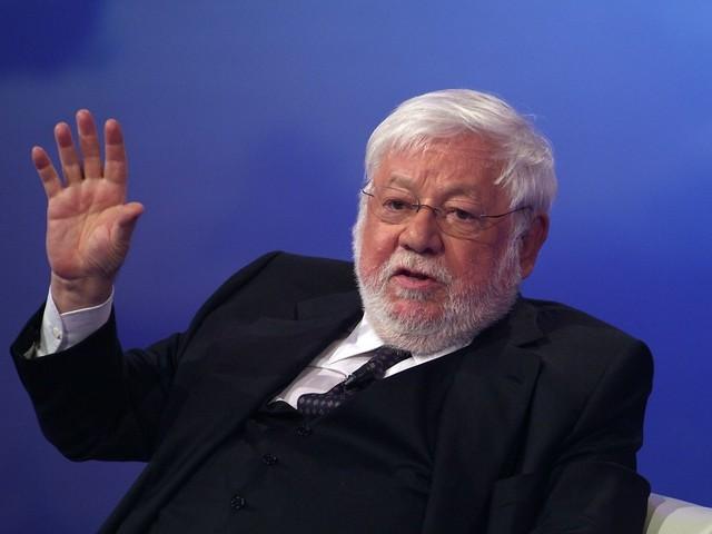 Addio a Paolo Villaggio: da Beppe Grillo a Lino Banfi, il cordoglio dei vip alla camera ardente [VIDEO]