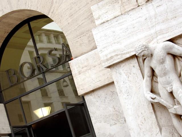 Borse giù su tensioni Corea-Usa. A Milano dietrofront delle banche