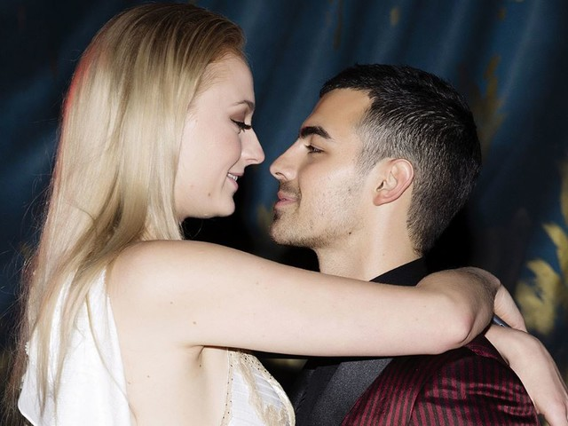 Sophie Turner di Game of Thrones e Joe Jonas si sposano