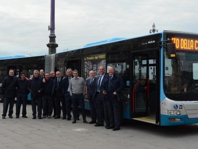 Da Cinecittà fino a San Giovanni I primi vent'anni dei maxi autobus