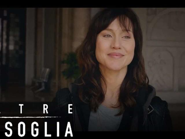 Stasera in tv domenica 8 dicembre 2019, programmi e film: Pezzi Unici, Oltre la soglia, Le Iene Show