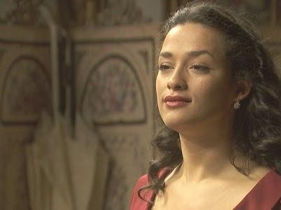 Il Segreto: Lucia aggredisce Camila ed esce di scena! Video