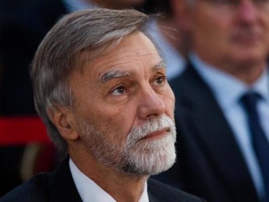 """""""Basta ricatti 5S. Avanti oppure si va al voto"""", dice Delrio"""