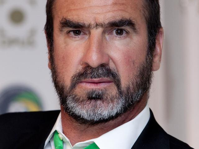 Cantona e il video a luci rosse su Instagram: follower in delirio