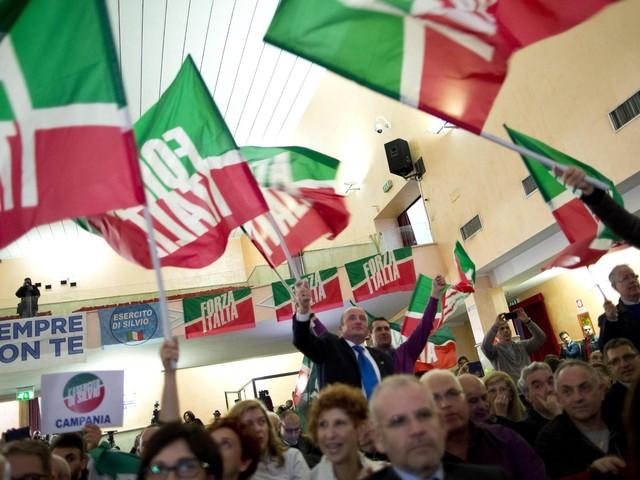 Forza Italia in pressing per l'unità dei moderati