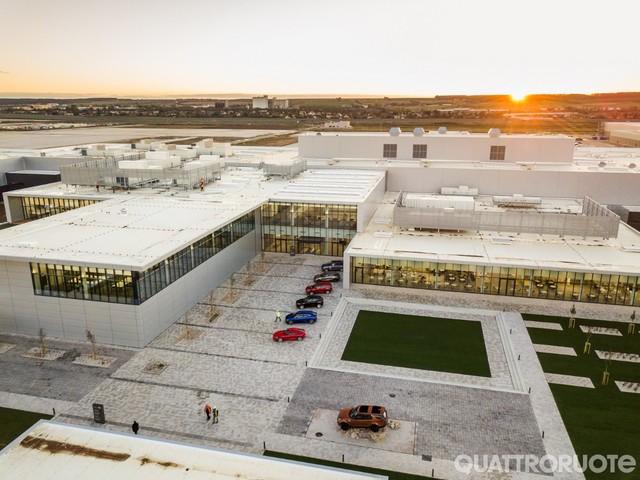 Jaguar Land Rover - Apre la fabbrica in Slovacchia
