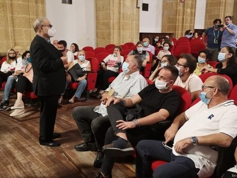 Pescherecci in Libia, a Mazara un momento di preghiera per i marinai