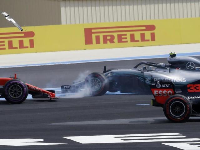 Gp di Francia, vince Hamilton. Terzo Raikkonen. Rimonta di Vettel dopo scontro con Bottas: è 5°
