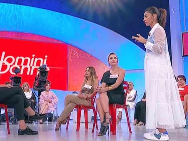 Uomini e Donne, trono over: tutti contro Armando   Video Witty Tv