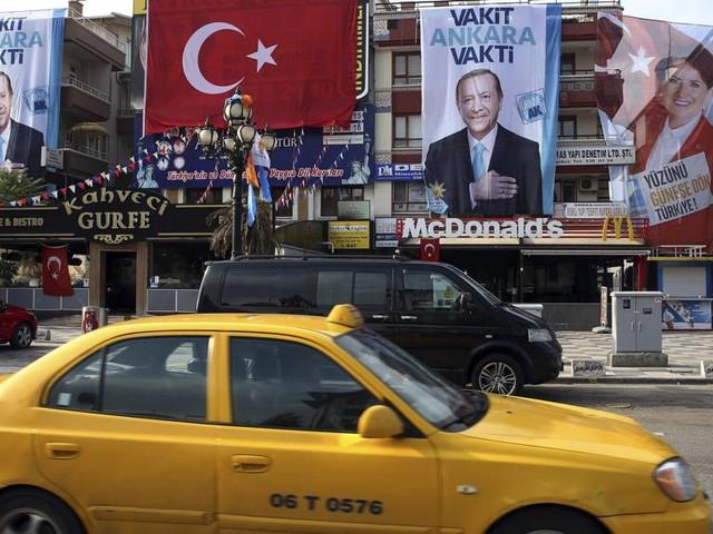 Turchia al voto tra denunce di brogli e violenze