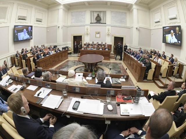 Papa Francesco alle multinazionali petrolifere: «E' necessaria una transizione energetica radicale per salvare la nostra casa comune»