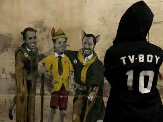 Il governo come 'Pinocchio': il nuovo murale di Tv Boy a Roma
