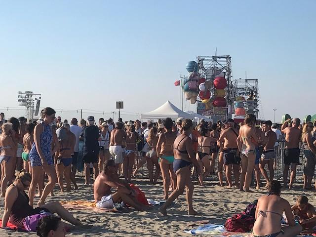 'Jova Beach Party': 25mila persone a Lido degli Estensi – VIDEO