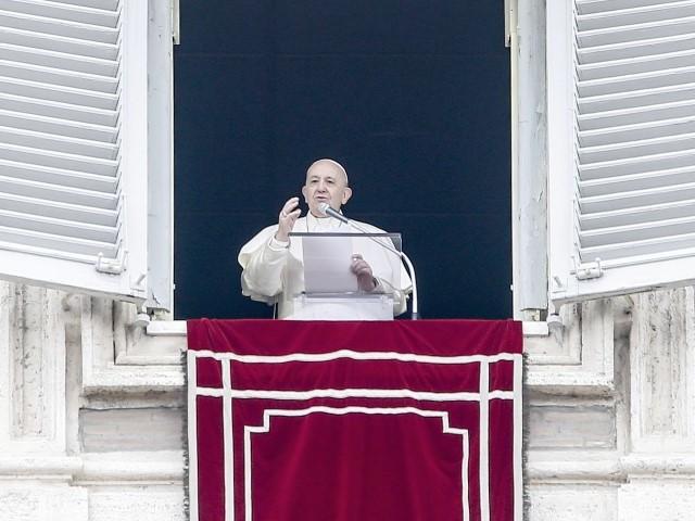 Papa Francesco prega per lo sport