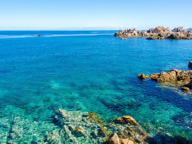 Nel mare della Sardegna senza inquinare: arrivano le barche elettriche