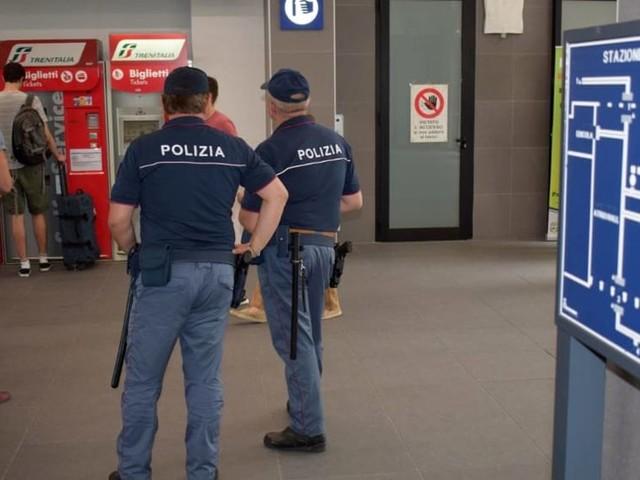 La Polizia Ferroviaria controlla 620 persone e ne denuncia 8 nella settimana di Ferragosto